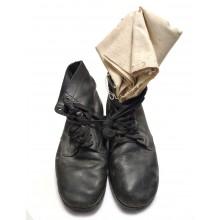 Ботинки кожаные на пупырчатой подошве б/у